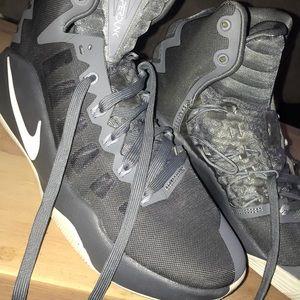 Ladies Nike HyperDunk ( Grey )